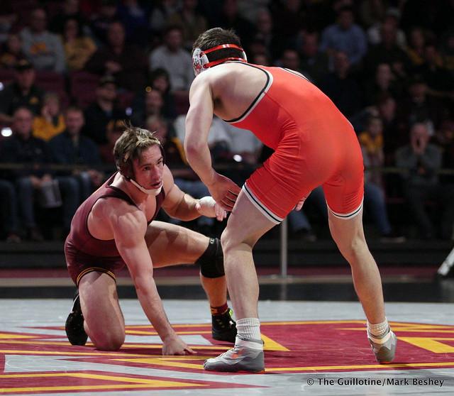 157: #11 Steve Bleise (Minnesota) dec. #17 Andrew Shomers (Oklahoma State) 8-5. 181118AMK0114