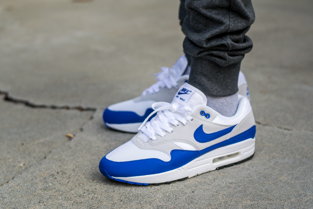 Nike Air Max 1 Anniversary Game Royal on foot | My review of