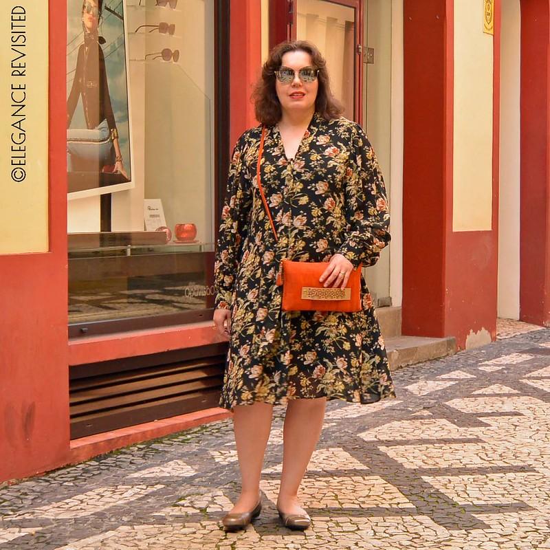 floral dress 1300 x 1300