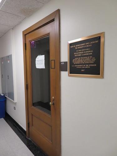 University of Chicago Jones Laboratory Room 405