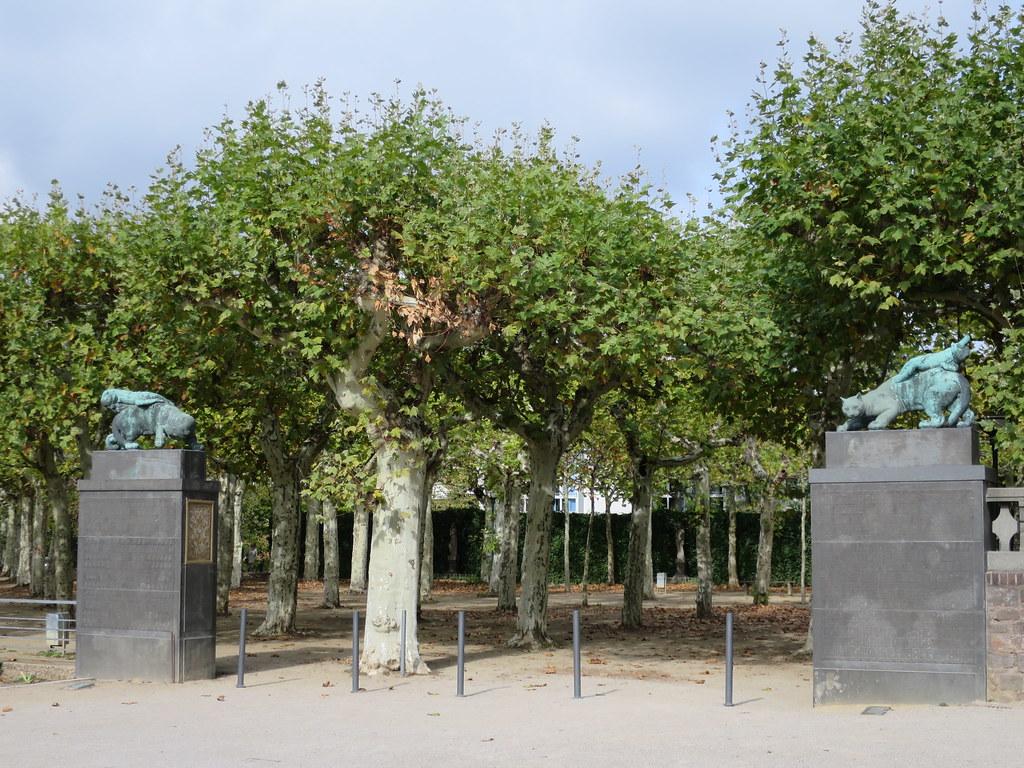 Entree Du Jardin Des Sycomores Mathildenhohe Darmstadt