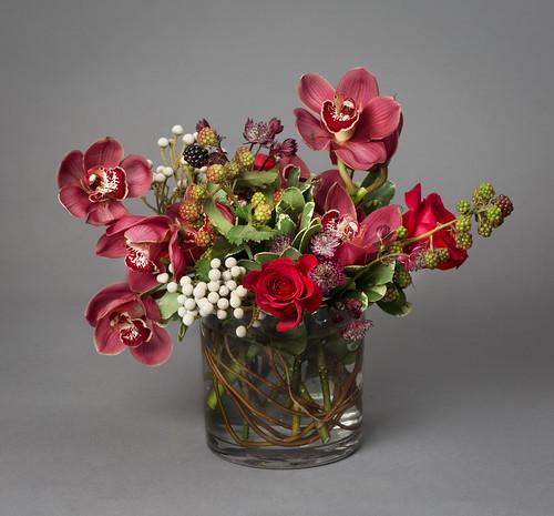 Photo by Laura Kozlowski, Floral Design by Lisa Greene AAF, AIFD, PFCI. | by Flower Factor