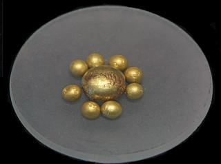 Gold Assay Beads