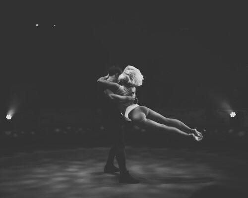 Duo Kiss - Circus Conelli