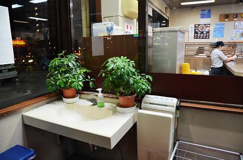 美國村迴轉壽司市場03.JPG   by 奇緣