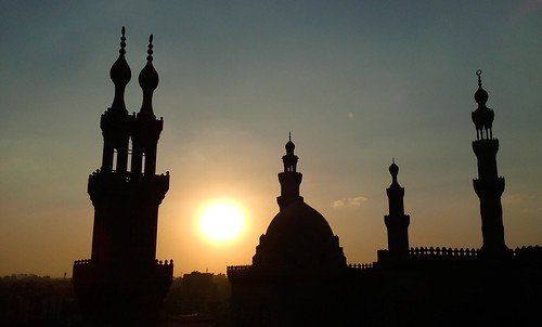 egypt egyptian cairo sky shot sun sunset sundown sunrise islamic history museum building black bright mosque architecture architectural historical royal era mobile minaret