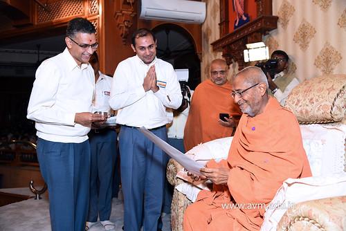 Std-10-11-12-visit-to-Haridham-for-Swamishree's-Blessings-(17) | by Atmiya Vidya Mandir