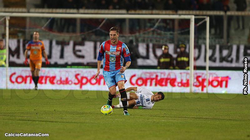 Tommaso Silvestri, in azione nel match di andata, al rientro dal primo minuto