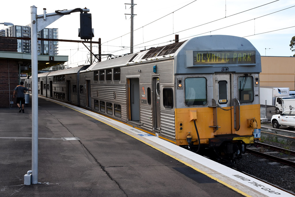 Sydney Trains S106, Clyde