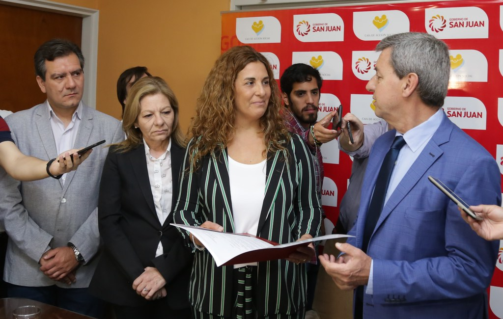2018-11-08 PRENSA: Puesta en Funcionamiento Nuevo Presidente de la Caja de Acción Social