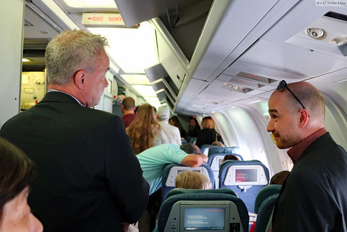 Faces on Air Canada: disembarkment rush | by Can Pac Swire