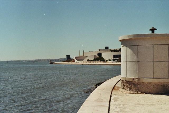 Lisboa, Portugal 233992-34-33A-PfDF43