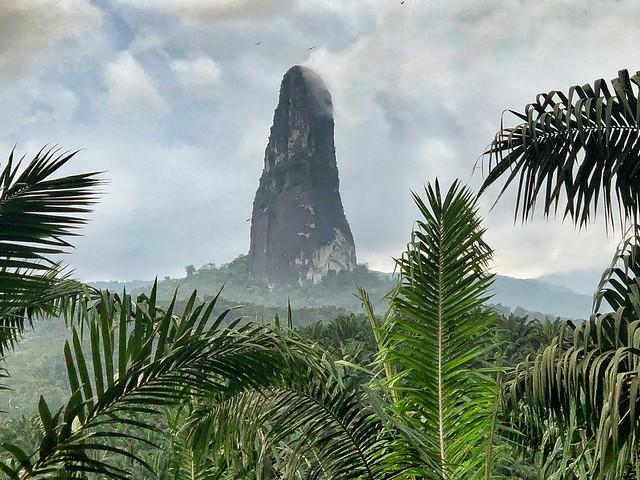 Pico Cao Grande (Santo Tomé y Príncipe)