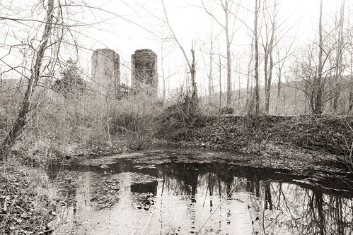 bw notfilm digital fujifilm xe2 goshen virginia furnace forge bathiron ruin relic