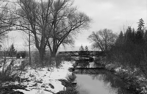 hss sliderssunday monochrome mono blackandwhite bridge