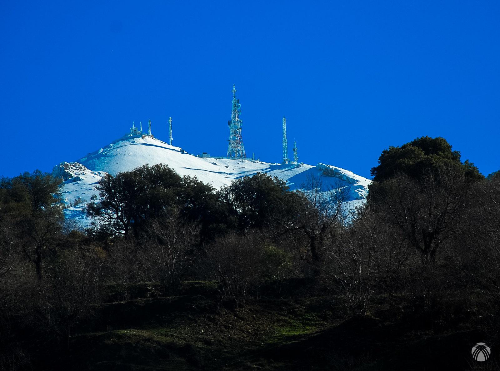 La cumbre todavía está muy lejos. El zoom engaña