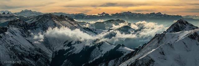 Premières neiges sur les préalpes (Switzerland)