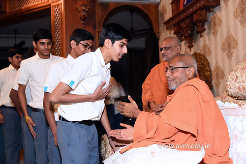 Std-10-11-12-visit-to-Haridham-for-Swamishree's-Blessings-(84) | by Atmiya Vidya Mandir