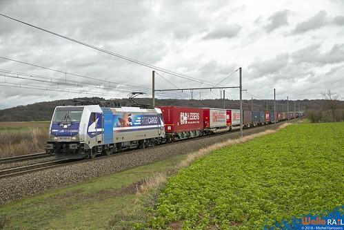 186 300 RTB Cargo . E 42540 . Warsage . 21.12.18.