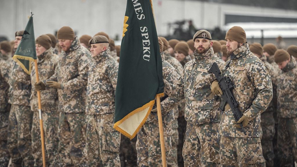 Sauszemes spēku komandiera maiņas ceremonija