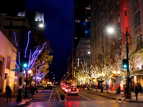 Looking westward on Pine at 4th. (Seattle) | by Project: onewe