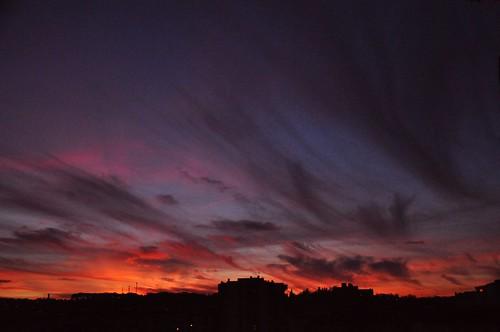sunset clouds cloud pordosol nuvem nuvens tomar portugal portugalia portugalsko portugália portugalija portugali portugale portugalsk portogallo portugalska portúgal portugāle sky dusk albaluminis