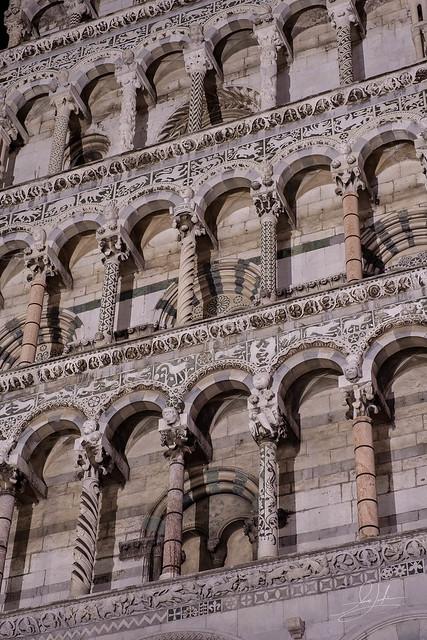 Columns - Chiesa di San Michele in Foro