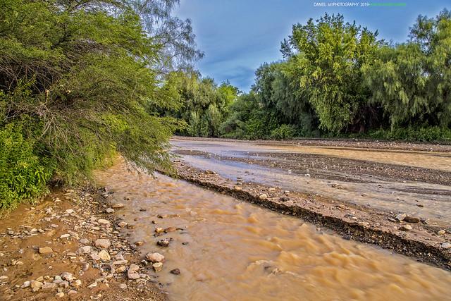 Atardecer en el río Totacoa
