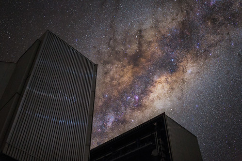 UT4 gobbling the Milky way | by Juan-Carlos Munoz-Mateos