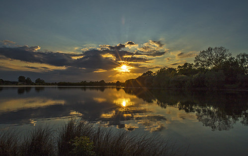 canon6d sun sunset clouds sky lake water reflection trees nature outdoors uk cambridgeshire