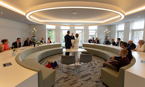 huwelijk gemeentehuis Lichtenvoorde   by Ronald Lubbers IJsselMedia