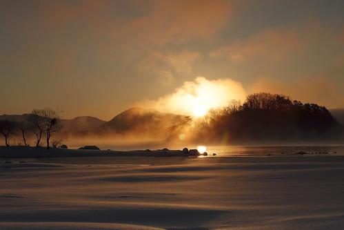 sunrise 日の出 mist lake morninghaze