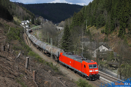 185 168 DB Cargo . Lauenstein .19.04.12.