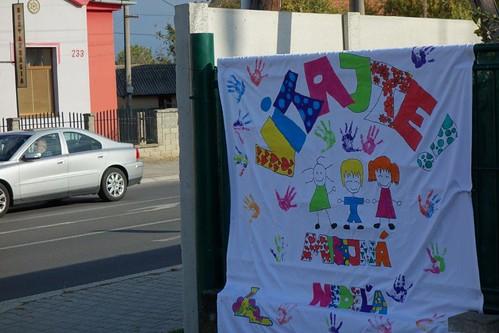 2 Vitajte u nás! Ďakujem deťom na Orecháči za maľbu plagátov...
