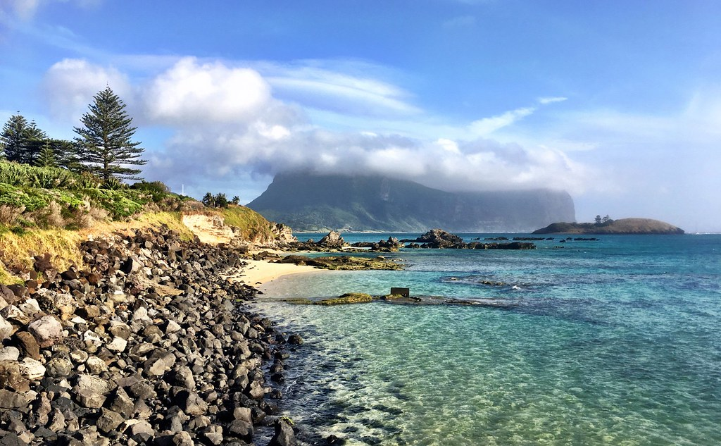 Lord Howe Island : From the start of the jetty on a clearer day