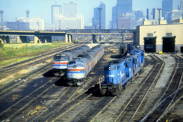 Amtrak E8 439