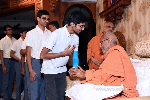Std-10-11-12-visit-to-Haridham-for-Swamishree's-Blessings-(77) | by Atmiya Vidya Mandir