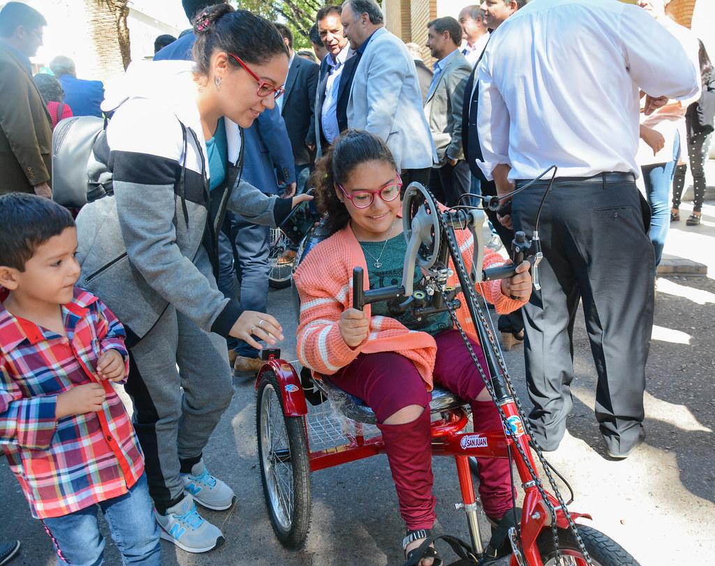 2018-12-03 PRENSA: Entrega de Certificados y Bicicletas Adaptadas a Personas con Discapacidad