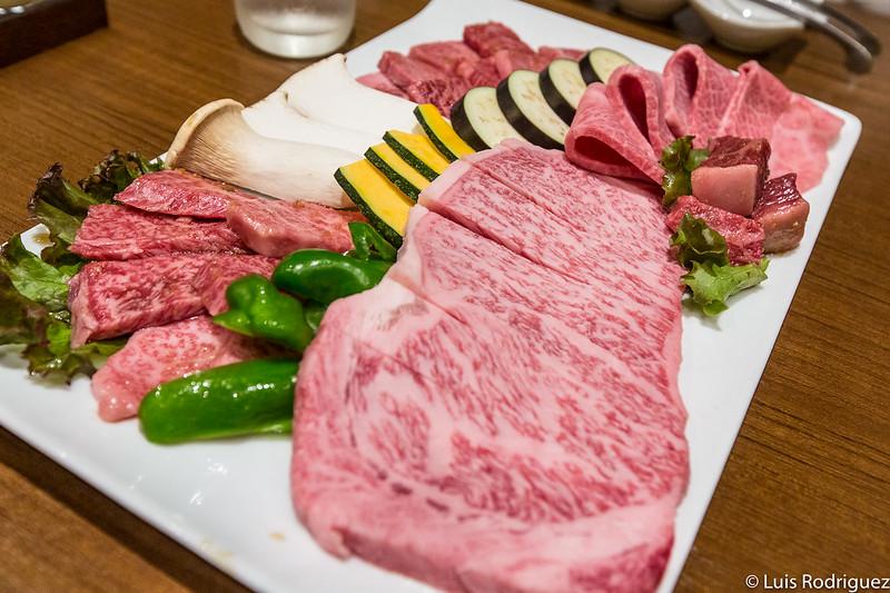 Plato de carne de Hida y verduras en Ajikura Tengoku