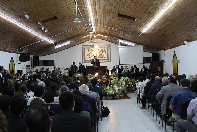 Servicios despedida pastor Romilio González Echegoyén