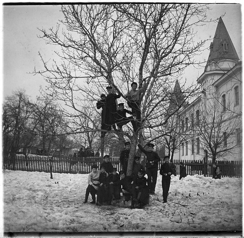 Гимназисты. 1900-е