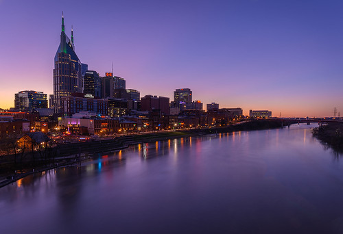nikonz7 tamron153028 ftz tamron 1530 z7 nashville tennessee tn us usa stpatricksday basketball twilight cumberlandriver bridge skyscraper city building architecture traffic nightlife country music countryandwestern reflections river mirrorless ultrawideangle longexposure imagestacking bluehour sunset people party wildcats uk evening night skyline saturday