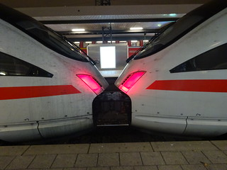 ICE 1581/1681 at Nürnberg Central Station | by Zugführer