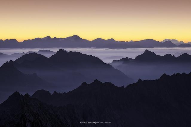 #002 Vista dal Pizzo Cristallina all'alba 2018