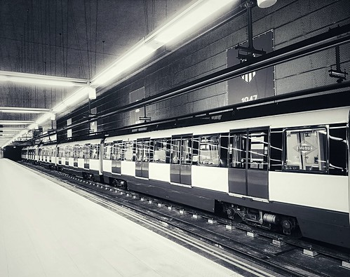 Metro #EXPLORE# 26-11-2018 (Position #176) | by super 8 photography