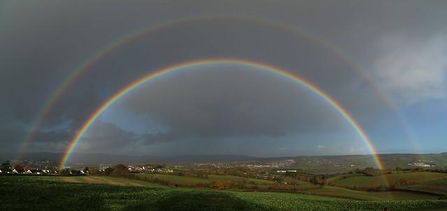 Complete double rainbow