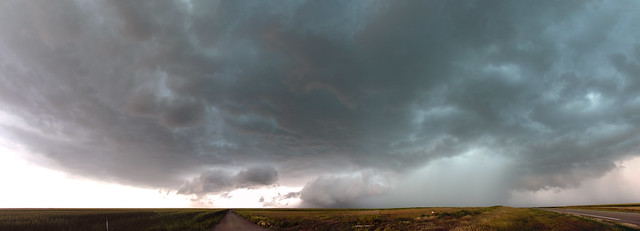 072718 - Storm Chasin in Nader Alley (Pano) 036