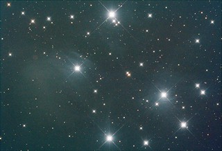 M45 FLAT-209ms-300g-0offs-AWB-MONO-BIAS Stack_21frames_630s_WithDisplayStretch | by BlackWikkett