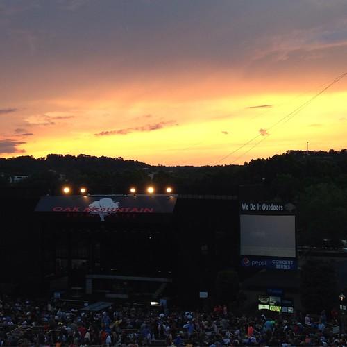 sunset sky music birmingham alabama livemusic oakmountainamphitheater birminghamal oakmountain bham