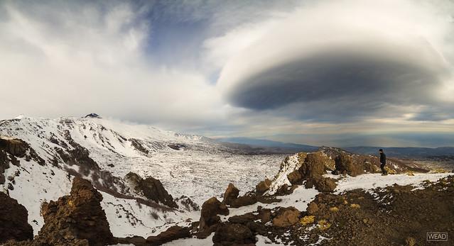 Lenticular cloud - Etna